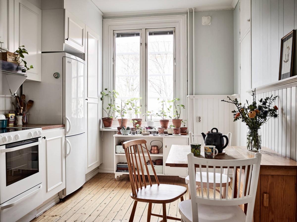 Eethoek in een klein appartement nuttige ideeën
